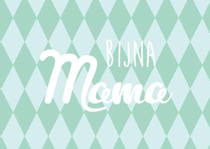 Postkaart bijna mama Ansichtkaart bijna mama. Leuk om te geven aan iedere mama. Of om een selfie mee te maken om het grote nieuws bekend te maken.
