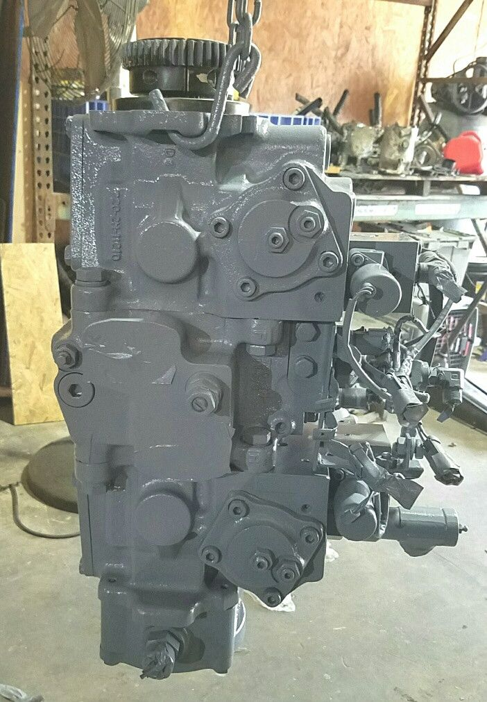 Komatsu Excavator PC180-3 Hydrostatic Main Pump Repair