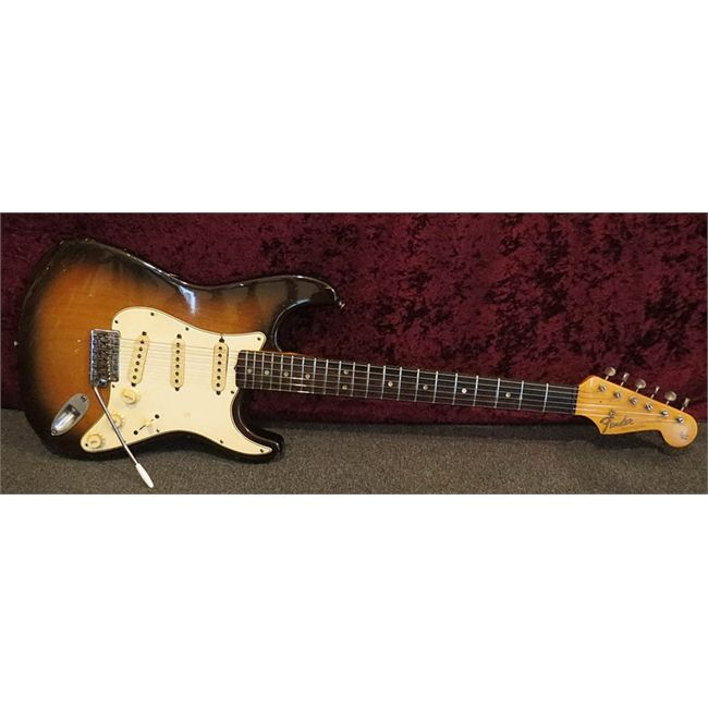 "Fender Stratocaster 1965 ""L"" Series"