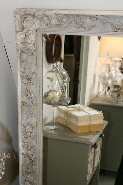 Painted mirror frame with Paris Gray and Old White A.S. chalk paint