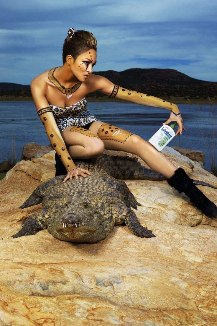 "The 27 Weirdest ""America's Next Top Model"" Photoshoots"
