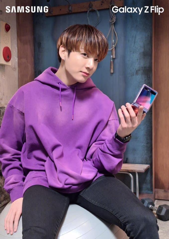 Jungkook in 2020 | Photoshoot bts, Athletic jacket, Samsung