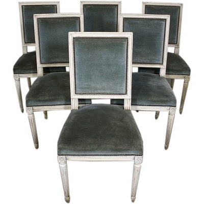 Painted Louis XVI chairs idea: Dining Rooms, Louis Xvi Chairs, Chairsthi Velvetlov, Dining Chairs, Families Meeting, Chairs Idea, Interiors Design, Furniture, Side Chairs