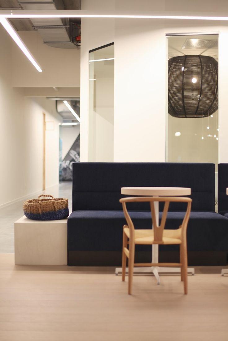 131 best sangha dark images on pinterest for Design appartement gent