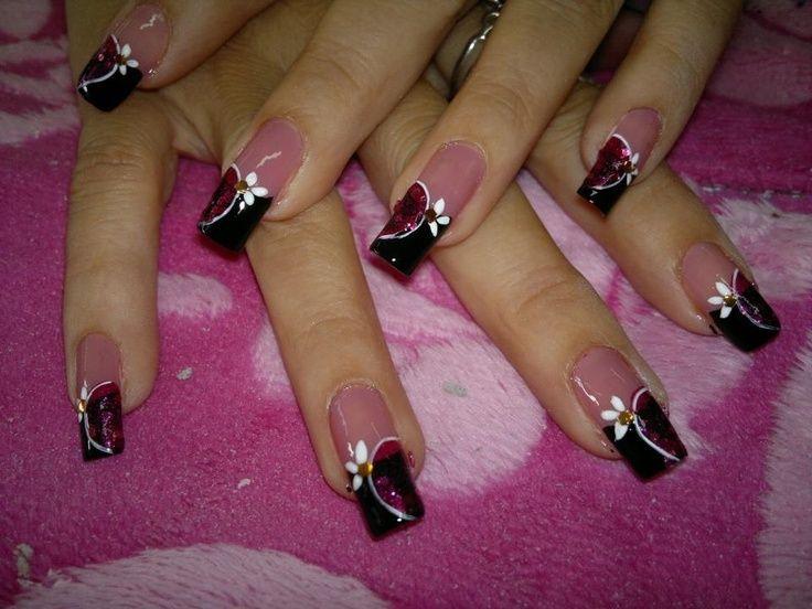 Cómo tener uñas pintadas perfectas - OndaChicas