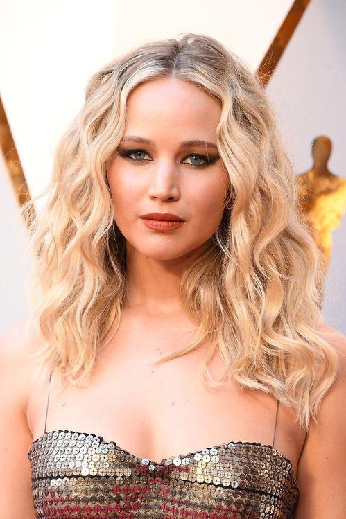 Inspiration Coiffure Jennifer Lawrence Sur Le Tapis Rouge De La