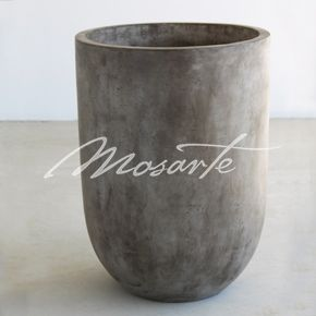 Alfresco tall, round pot - a smooth industrial look