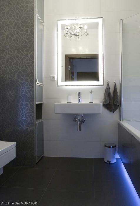 Lustro łazienkowe - iluzja przestrzeni. Zobacz ciekawe aranżacje łazienek z lustrem