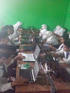 Panti Asuhan Islam Bani Yaqub Surabaya: Pelaksanaan Simulasi UNBK 16 - 20 Februari 2016