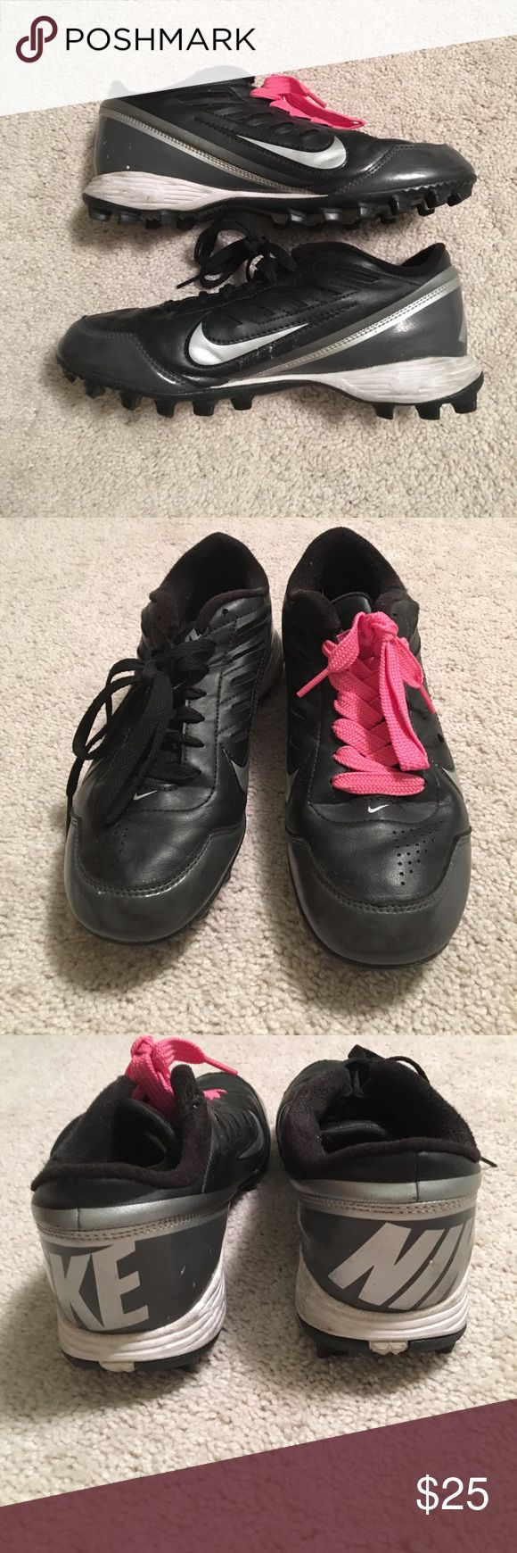 NIKE Turf and Grass Cleats! NIKE Turf and Grass Cleats! Super comfy and extremely affective on the field. (Pink shoelace is for breast cancer awareness) Nike Shoes Athletic Shoes