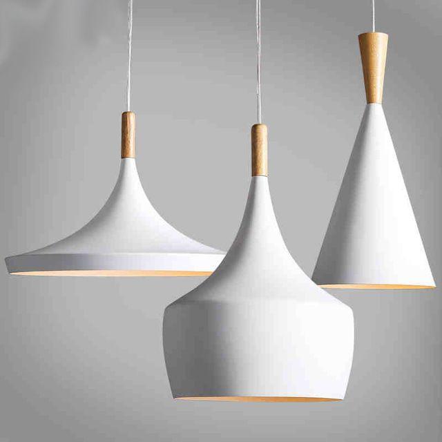 Conception par la nouvelle lampe pendante battre la lumière nouveau lustre en bois blanc d'instrument, three pcs/paquet