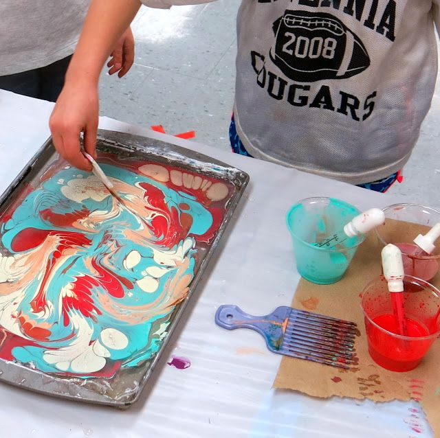 Cassie Stephens: In the Art Room: Marbled Paper Stenciling