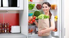 Non tutti sanno come conservare la verdura in frigo, farla durare più a lungo e mantenere sapori, fragranze e sostanze nutritive. Le carote ad esempio van..
