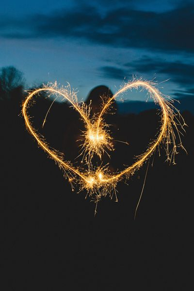 sparkler heart | Amy Arrington #wedding