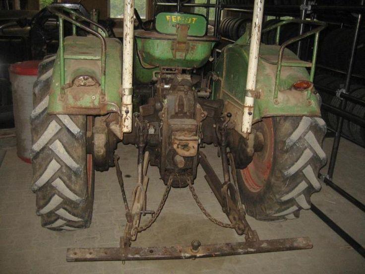 Ich stelle für einen Freund einen Fendt farmer 2de ein. PS 35 bj.69. Bei Intresse bitte melden!,fendt farmer 2 de in Nordrhein-Westfalen - Halver