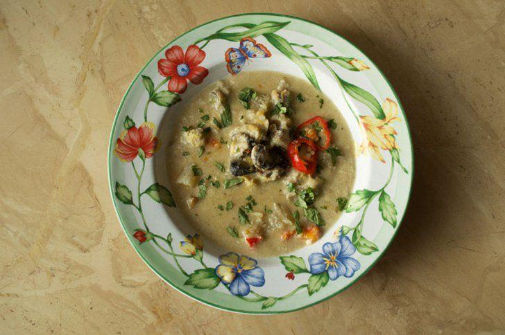 17 Latin Soups You Need to Master This Fall Sopa de Caracol Get the recipe: sopa de caracol