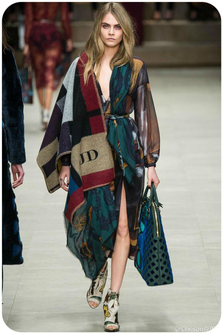 """Чтобы надеть зимой шарф, повода искать не надо. Но если хотите быть в тренде, носите необычные модели и учитесь оригинально подавать традиционные!  Подробнее об этом читаем в статье """"Модные шарфы: 10 актуальных трендов и инструкция по применению"""" - http://www.yapokupayu.ru/blogs/post/modnye-sharfy-10-aktualnyh-trendov-i-instruktsiya-po-primeneniyu"""