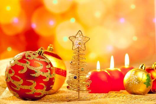 Pranzo di Natale in Allegria Pranzo di Natale in allegria siamo pronti per la festa di famiglia più magica dell'anno nel ristorante più consigliato di Milano e provincia, nel ristorante Villa ReNoir.  Anche quest'anno come sempre lo staff ReNoir organizza per la Giornata del Santo Natale, un Gran Pranzo di Natale in allegria,