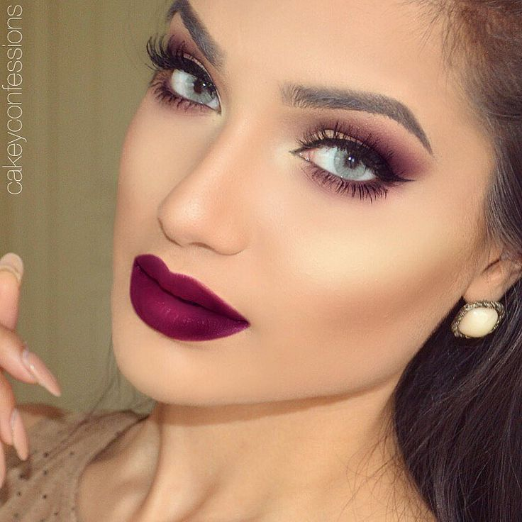 """Helloo everyone I've been obsessed with this new lip shade!! Finally got my hands on it. @doseofcolors matte lipstick in 'Berry Me'✨ What's your…"""