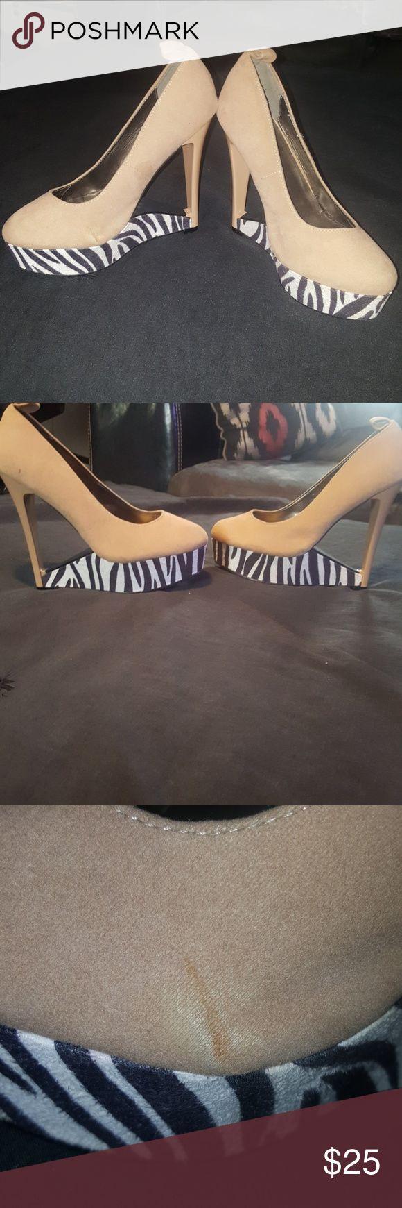 Zebra  Heels Cute zebra heels, flaw is shown in picture. Shoes Heels