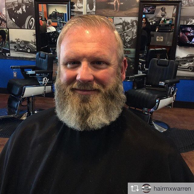 Haircut and beard trim by Paris at our Hair Mechanix Warren location!    Follow us on Instagram for all the current male's hair styles and more! https://www.instagram.com/hairmx/    #barberlove #hairmx #illcutyou #beardlove #guyswithbeards #beards #warren #saturdaysarefortheboys #hairmxwarren #ladybarber #beardgang #beard #cleanedup #detroit #detroitbarber #menshair #beardcare