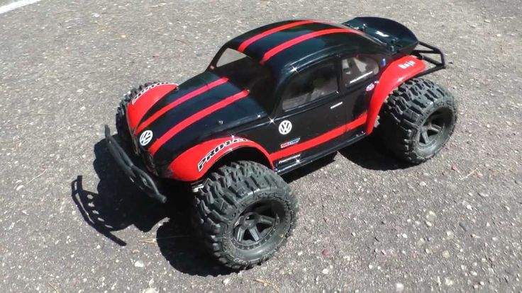"Traxxas Slash 4x4 Ultimate VW BAJA Bug body and 2,8"" Proline Trenchers - YouTube"