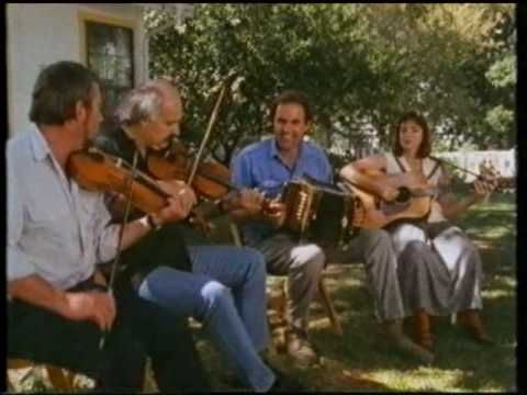 Michael Doucet / Aly Bain / Ricky Skaggs : Jolie Blonde - YouTube