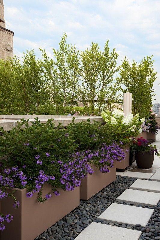 Polyester bloembakken, plantenbakken, haagbakken, boombakken (verkrijgbaar op maat en in verschillende kleuren)