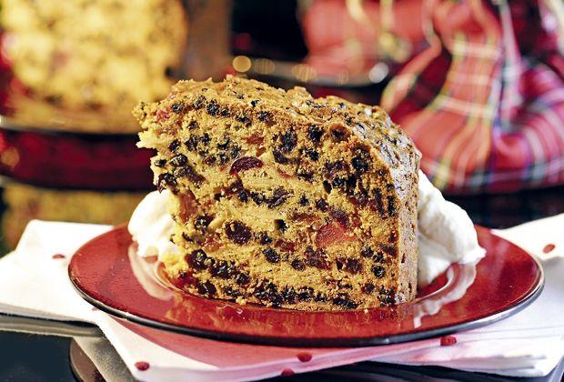 Dieser Kuchen steckt voller winterlicher und weihnachtlicher Zutaten.