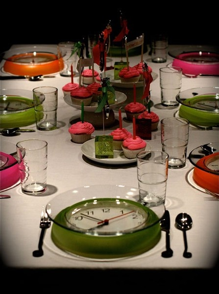 New Year's Eve table setting idea with dollar store clocks…..how fun is this!