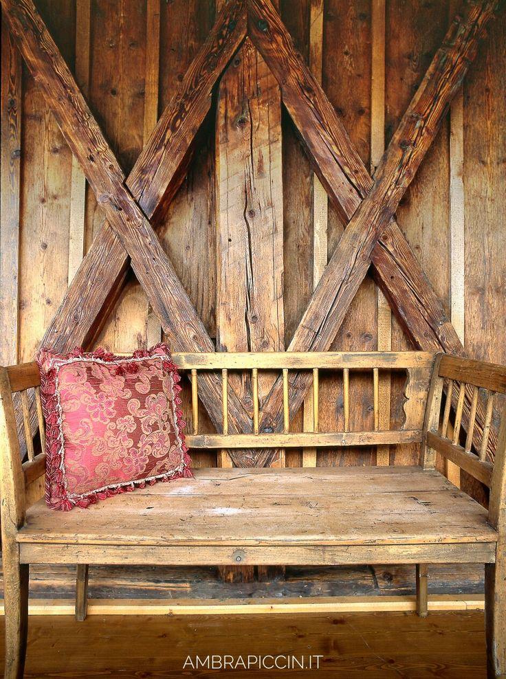 La Magia del legno antico... i vecchi fienili  ❤ #cortinadampezzo #wood #archicortina #casedimontagna #chalet #toulà #legnochepassione #cortinAtelier