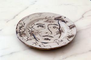 Glazed ceramics painted on both sides Natsuko Uchino 26 cm