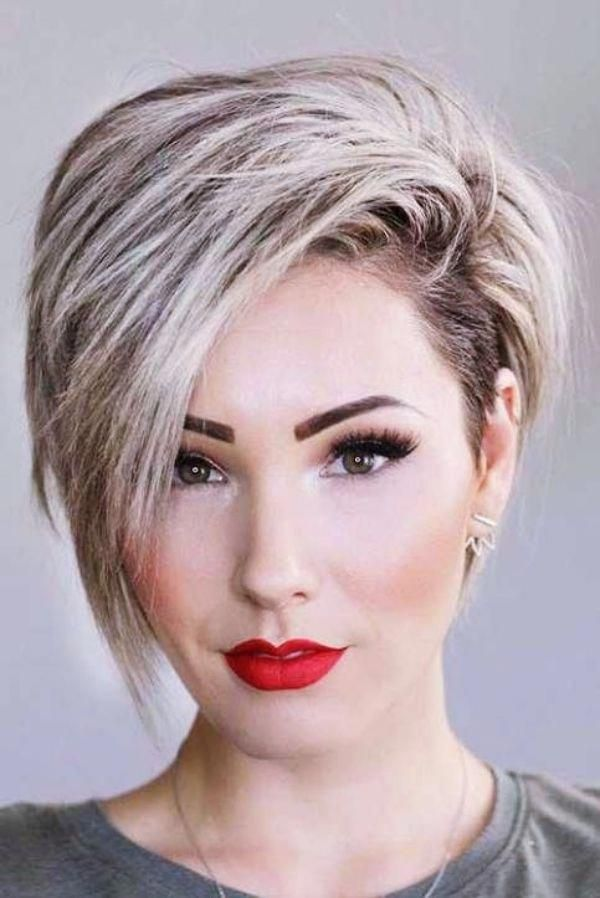 40 Best Short Hairstyles For Long Faces 2018 Shortpixiebob Thick Hair Styles Short Hair Styles For Round Faces Long Face Hairstyles
