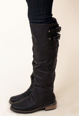 The versatile black boot every and all girls can use during the cold season of winter and fall in all parts of the country from the east coast to the mid west, and in other countries like Spain, London, and France.