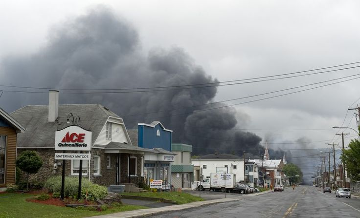 A freight train derailed just after 1am on Saturday in Lac-Mégantic, a small town in Quebec. The train was carrying a large number of oil ta...