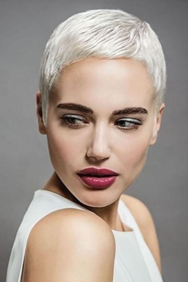 2021 Grey Hair Color Pixie Haircuts   Super short hair ...