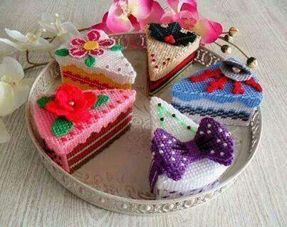 Cake slice boxes