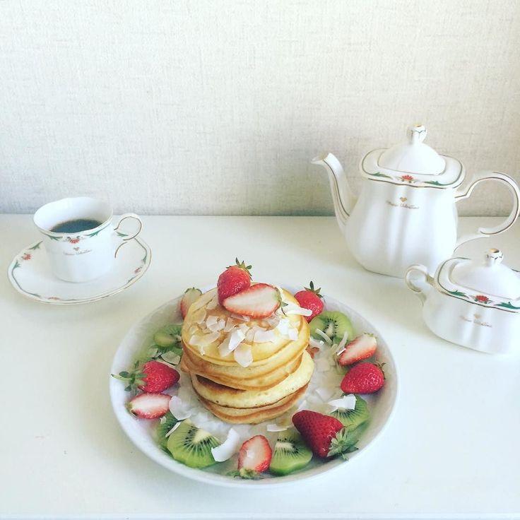「全粒粉パンケーキ朝食写真フリー」の画像検索結果