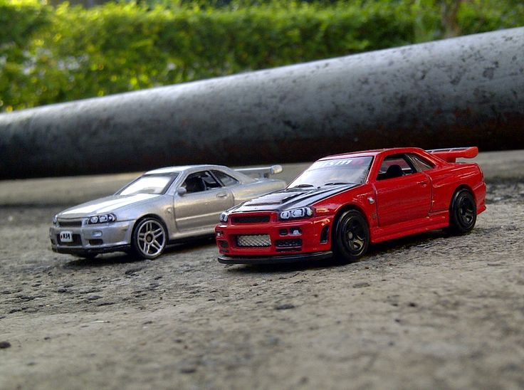 My most favourited cars in the collection, the R34 GT-R from Hot Wheels and Motormax.  Red Nissan Skyline R34 GT-R Hot Wheels  Silver Nissan Skyline R34 GT-R Motormax  #HotWheels #diecast #nissan #skyline #gtr #r34 #jdm Custom Hot Wheels Skyline R34 GT-R