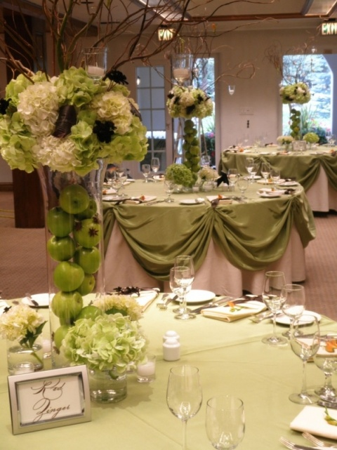 green apples Wedding ceremony flowers, wedding aisle décor, wedding flowers, add pic source on comment and we will update it. www.myfloweraffair.com can create this beautiful wedding flower look.