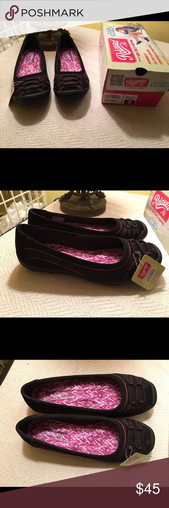NWT Skechers Size 9. New with tags. I bought these online and unfortunately they're too big. Never worn just tried on. Skechers Shoes