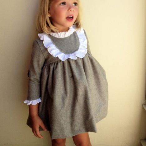 Vestido lana visón detalle plumeti - macali.es // claradeparis.com ♥ this dress