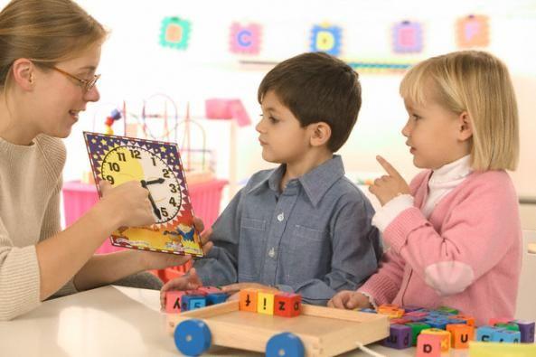 """Educazione: I """"trucchi"""" delle maestre per farsi ubbidire dai bambini"""