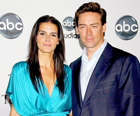 Angie Harmon, Jason Sehorn Split: What Went Wrong in Their Marriage? - Us Weekly