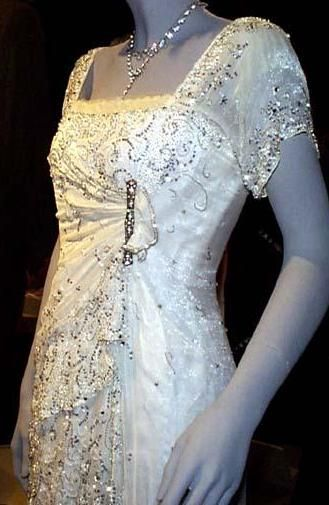 Rose's white dress in Titanic