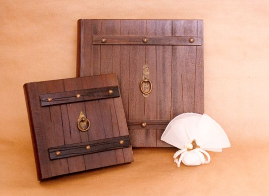 Professional Wedding Albums with wooden covers !!!