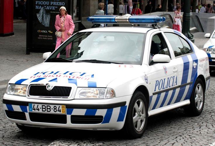 http://up.autotitre.com/6854e1f3bc.jpg                         - Policia de Segurança Publica (PSP) - Portugal - Skoda Octavia