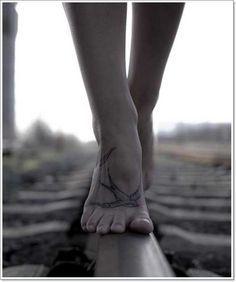 foot-swallow-tattoo.jpg 600×718 pixels
