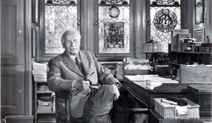 20 цитати на психолога Карл Юнг, които ще ви помогнат да се разберете по-добре