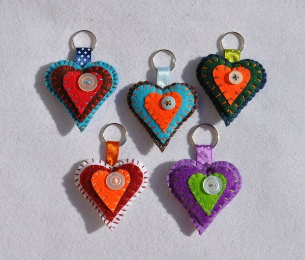 Heart colorful brooches and keyholders